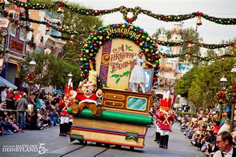 christmas fantasy parade disney wiki fandom powered