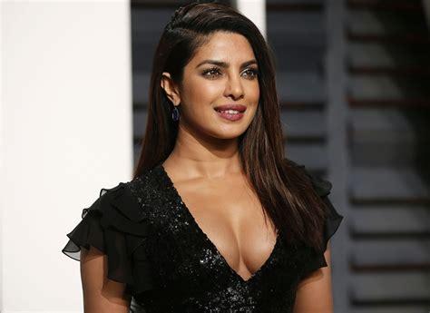 Priyanka Chopra Nude Handjob Sex Tape