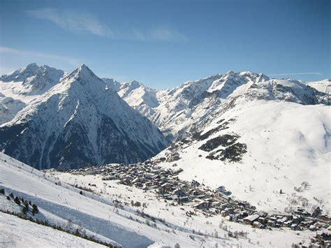 Le Les by Les Deux Alpes Wikip 233 Dia