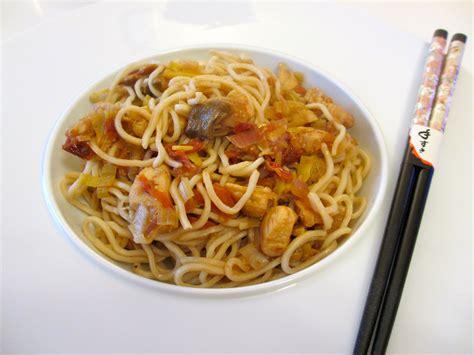 cuisiner des pates chinoises pates chinoises au poulet 28 images p 226 tes