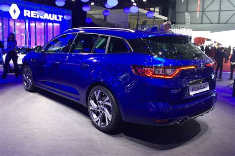 new renault megane renault megane sport tourer it s the new 2016 megane