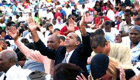 Líderes de iglesias sostienen que los evangélicos están en ...