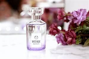 Parfum Musc Blanc : white musk the body shop parfum musc blanc poudre happiness maker ~ Teatrodelosmanantiales.com Idées de Décoration