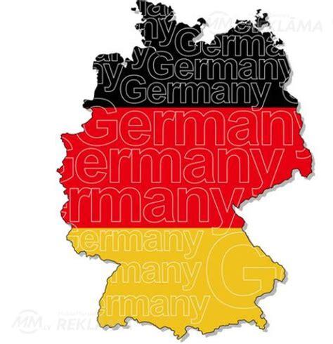 Darbs konditorejas izstrādājumu fabrikā Vācijā. - MM.lv
