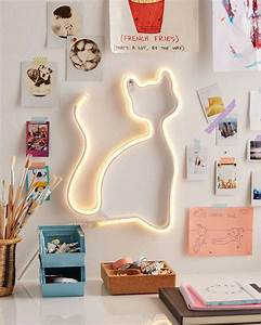 Neon Deco Chambre : les 25 meilleures id es de la cat gorie d corer sa chambre sur pinterest boite rangement ~ Teatrodelosmanantiales.com Idées de Décoration