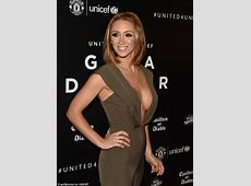 LucyJo Hudson puts on a VERY busty display with husband