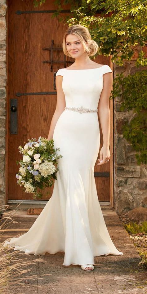 What Is A Boat Neck Dress by 25 Best Ideas About Boat Neck Wedding Dress On Pinterest