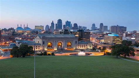 L Rynearson Kansas City by Great Mall Of The Great Plains Hotels In Kansas City