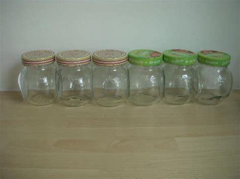 photo lot de pots de confiture vides pour faire vos conf