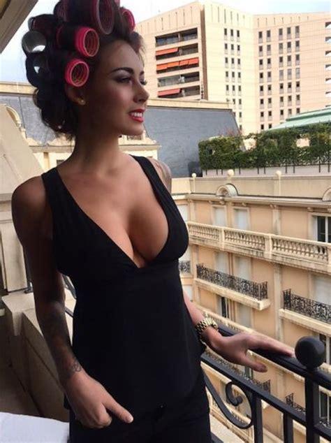 deny  beauty   busty women  pics