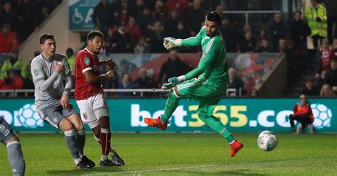 Bristol City 2-1 Manchester United: Korey Smith dumps Red ...