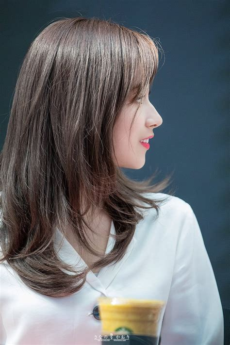 20 Times TWICE Sana's Gorgeous Side Profile And Tall Nose ...