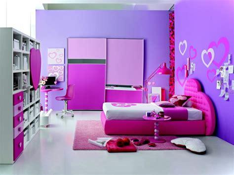 peinture chambre fille violet couleur chambre enfant et idées de décoration