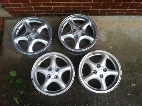 Different Castings For Same Wheel?