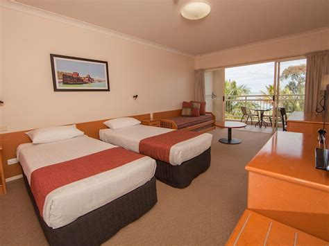 Standard Hotel Rooms   Tangalooma Resort Accommodation