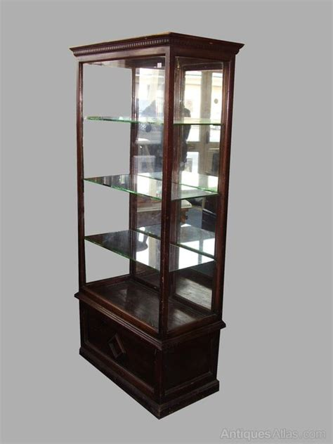 antique shop display cabinets for glass shop display cabinet antiques atlas 9032