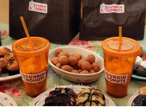 The dunkin donuts original coffee flavor is the only one that i drink. Dunkin' Donuts Has 3 New Flavor of the Season Coffees ...