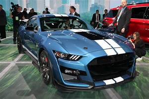 2020 Ford Mustang Shelby GT350R First Track Drive | AutoRevival -Automotive News & Reviews