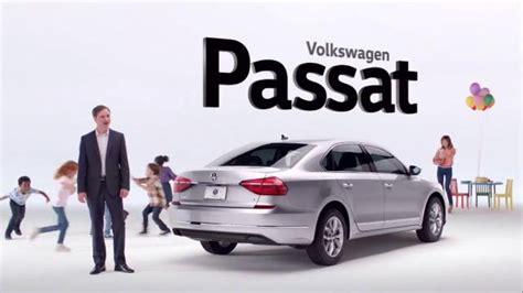 2016 Volkswagen Passat Tv Commercial, 'party Animals