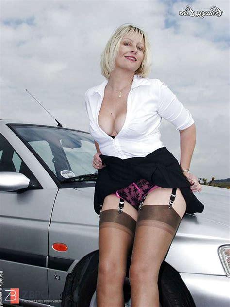Elegant British Dame Lisa Stocking Gams Taunt Zb Porn