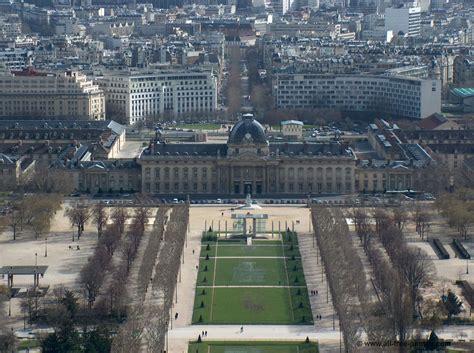 photo le champ de mars lecole militaire paris france