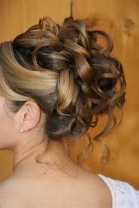 Chignon Cheveux Mi Long : coiffure chignon cheveux mi long ~ Melissatoandfro.com Idées de Décoration