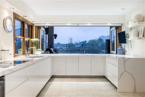 Coastal Kitchen Completehome