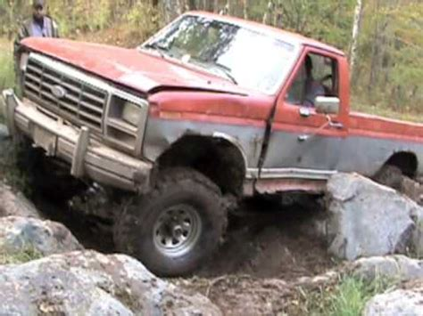 rock crawling ford   bsf recovery team youtube