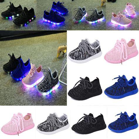 2017 unisex fashion led light up luminous sneakers kids