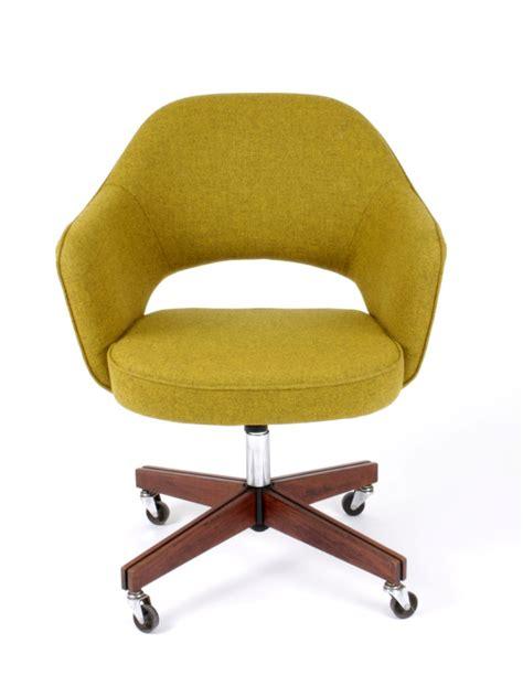 fauteuil de bureau knoll galerie alexandre guillemain artefact design saarinen