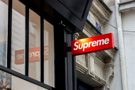 supreme europe store supreme stores a practical guide to every supreme store