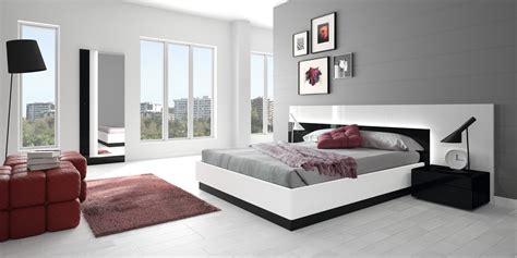 Bedroom Furniture Bed  Raya Furniture