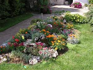 realiser votre jardin de rocaille With delightful amenagement de jardin avec des pierres 2 rocaille au jardin fleuri