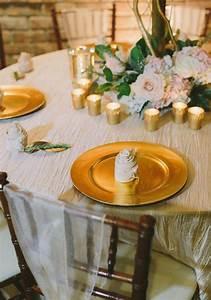 Rose Aus Serviette Drehen : servietten falten hochzeit 40 ideen f r einen sch n dekorierten tisch ~ Frokenaadalensverden.com Haus und Dekorationen