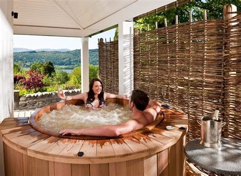 windermere hotels with tubs linthwaite house hotel bowness on windermere