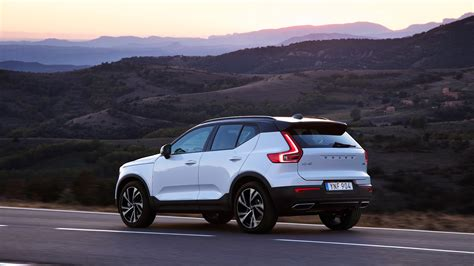 Volvo Xc40 Suv Review Specs, Prices, Pictures  Car Magazine