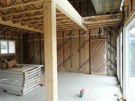 chantier maison bois construction bois agrandissement en ossatures bois omea maison bois