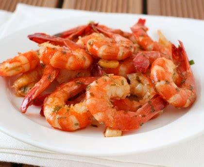 cuisiner les crevettes crevettes à l 39 ail recette de crevettes à l 39 ail marmiton