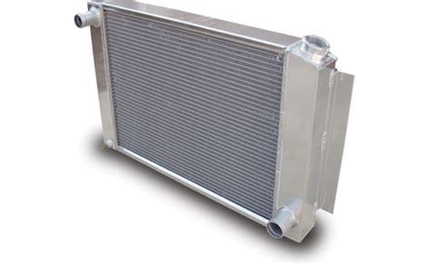 voiture pour 3 si鑒es auto utiliser un radiateur de voiture pour faire un watercooling hfr hardware