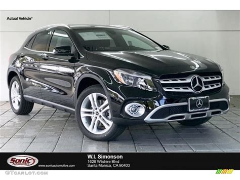 The 2020 gla 250 suv measures in at 174″ l x 71″ w x 60″ h with 8 available exterior color options, allowing for complete customization of your new 2020 gla suv. 2020 Night Black Mercedes-Benz GLA 250 #137206948 ...