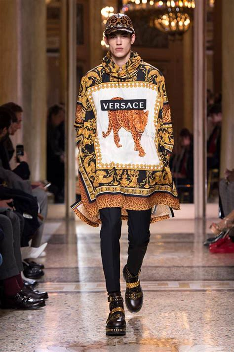 versace fall  menswear collection tom lorenzo
