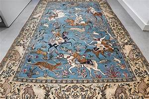 unique tapis persan ghom scene de chasse piece de With tapis persan avec canapé convertible 140