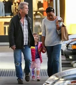 Beverly News - Celebrity Gossip | Hollywood Gossip ...