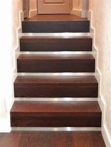 Habillage Escalier Bois : habillage d 39 escalier b ton avec marches en bois et ~ Dode.kayakingforconservation.com Idées de Décoration