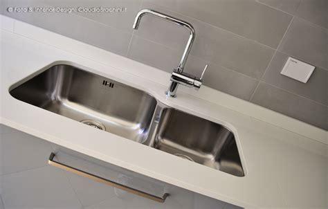 lavello sottotop cucina laccata lucida elementi curvi brachini