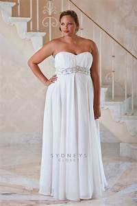 Top 10 plus size wedding dress designers by pretty pear bride for Plus size wedding dress designers