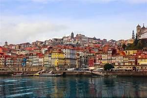 Fluss In Portugal : anzeigen der alten stadt von porto portugal douro fluss stockfoto colourbox ~ Frokenaadalensverden.com Haus und Dekorationen