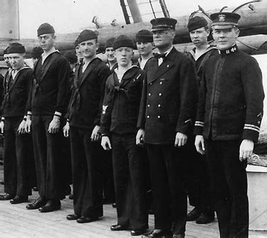 Navy Uniforms Pictorial History Of Us Navy Uniforms