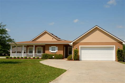 ways  improve  homes curb appeal checkthishouse