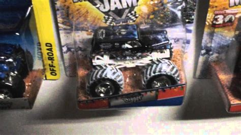grave digger monster truck youtube grave digger other monster jam truck collection youtube